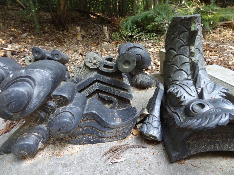 天津彦根神社のしゃちほこ