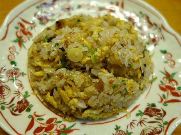 来多来多拉麺の半チャン(チャーハン)