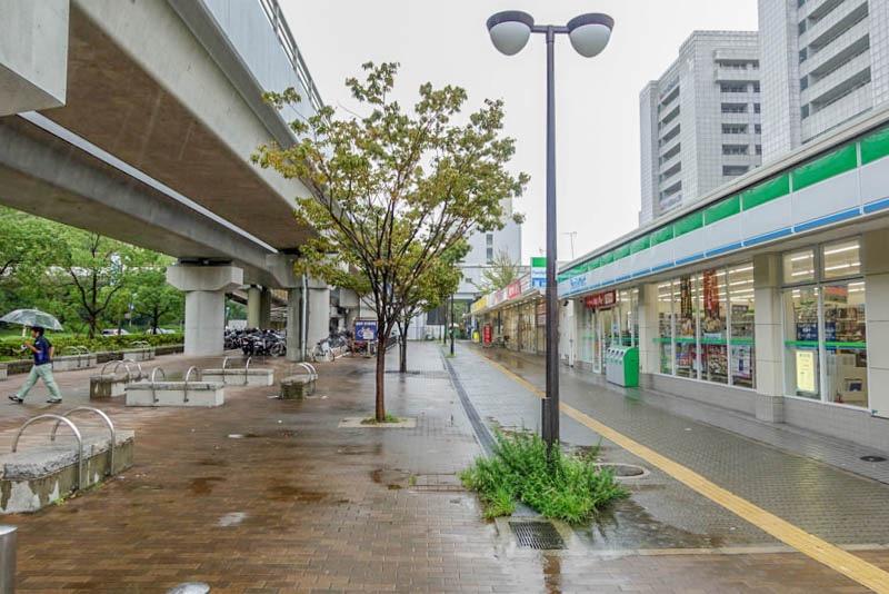 ポートライナー みなとじま駅 駅前