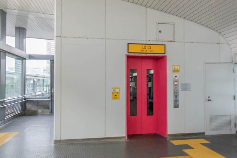 ポートライナー 市民広場駅 エレベーター